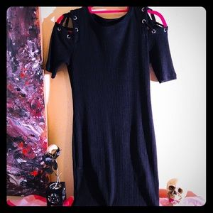 👗NEW ITEM👗NWOT F21 goth 90s bodycon dress